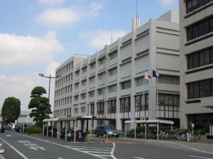 老朽化や耐震性能不足が指摘される八千代市庁舎