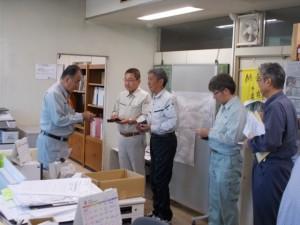 栃木建協の訪問を受ける畔蒜会長(左)