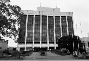 再整備を検討している君津市本庁舎