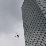 ポートタワー外装点検 ソフトバンクがドローンで支援(千葉市)
